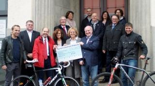 Spendenradtour: 4.000 Euro für die Lebenshilfe